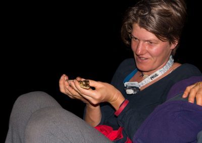 woman-with-baby-of-caiman-rio-amazonas